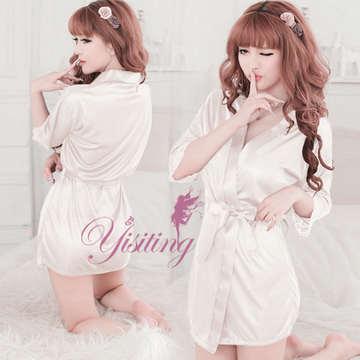 《Yisiting》經典の浪漫!柔緞和服睡袍﹝白﹞