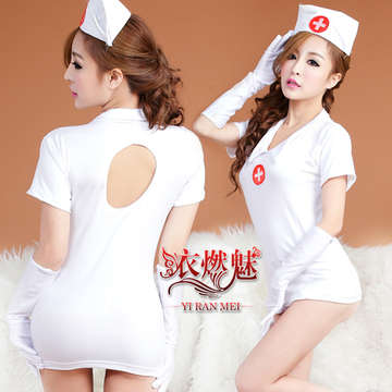 《YIRAN MEI》愛的診所!四件式性感露背護士角色扮演服